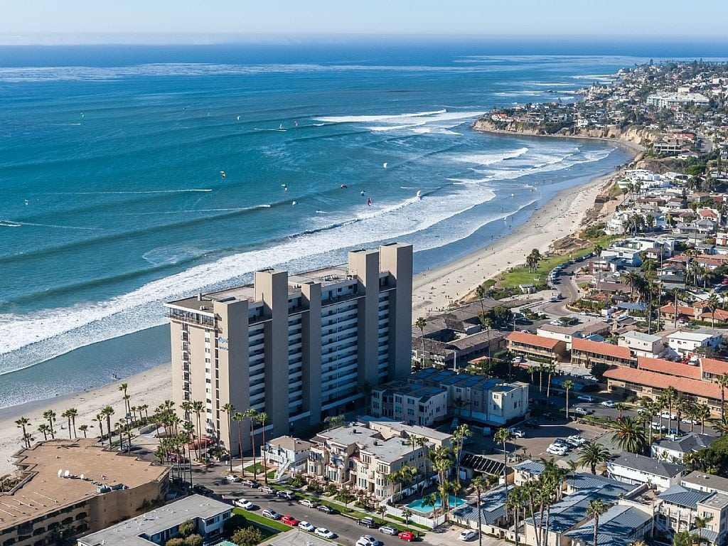 San Diego Surf Lessons | All Ages Surfing School in San ...